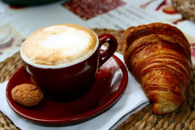 cappuccino ctoissant