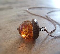 acorn necklance