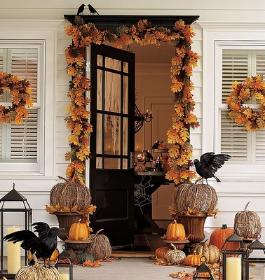 autumn door with crows
