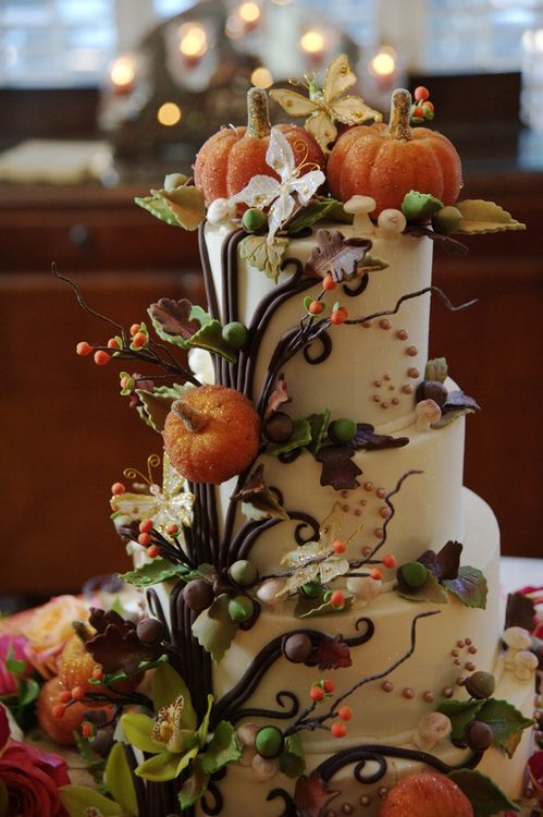 Autumn wedding cake loving life for Autumn cake decoration