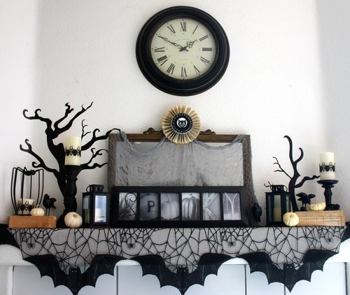 halloween fireplace mantel display