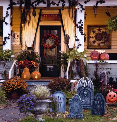 halloween vintage porch