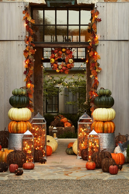 nice and quaint porch autumn decor