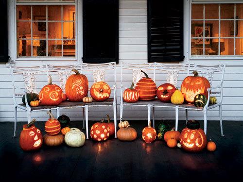 halloween front porches loving life. Black Bedroom Furniture Sets. Home Design Ideas
