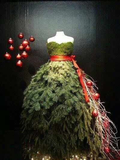 what to wear on Christmas Day  Check out these Christmas tree dresses WJ894AKc