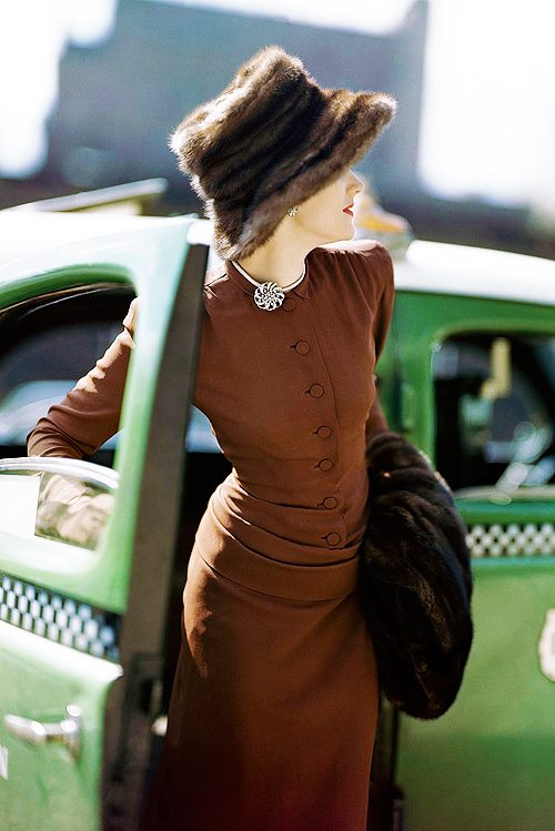 vintage dress with hat