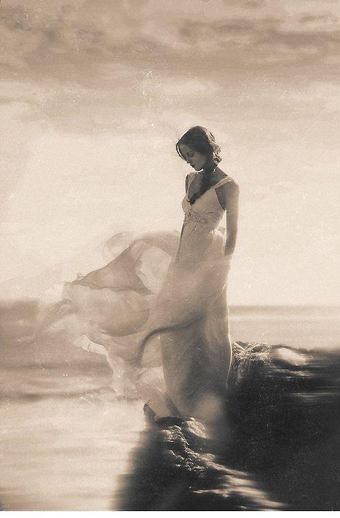 beach woman painting